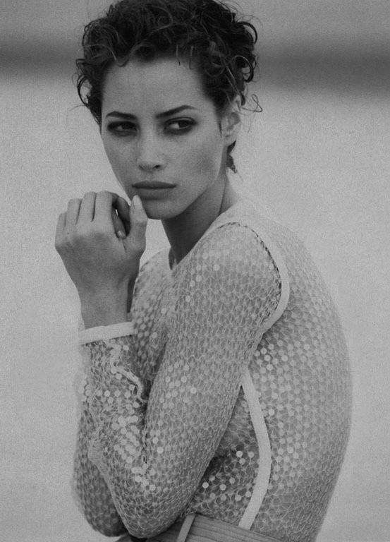 christy turlington90-04-24