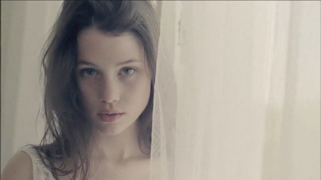 Astrid_Berges _Frisbey043