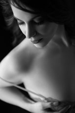 Mary's bodoir photo shoot with San Francisco bay area boudoir photographer Jason Guy