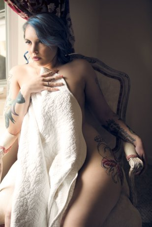 Alyx's boudoir photo shoot with San Francisco bay area boudoir photographer Jason Guy